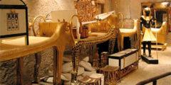 16 فبراير اكتشاف مقبرة توت عنخ أمون في الأقصر على يد عالم الآثار هوارد كارتر